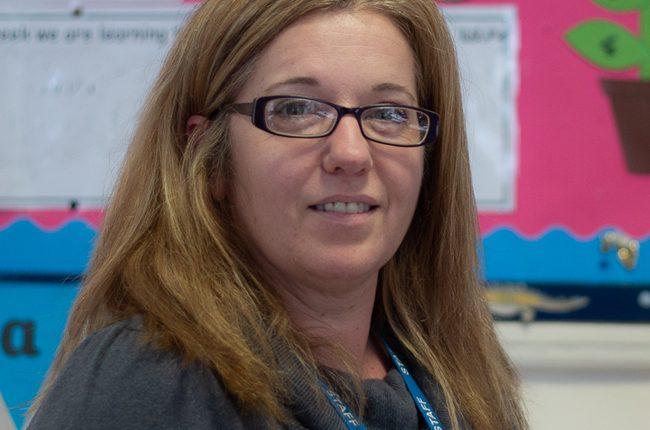 Miss N Derwin